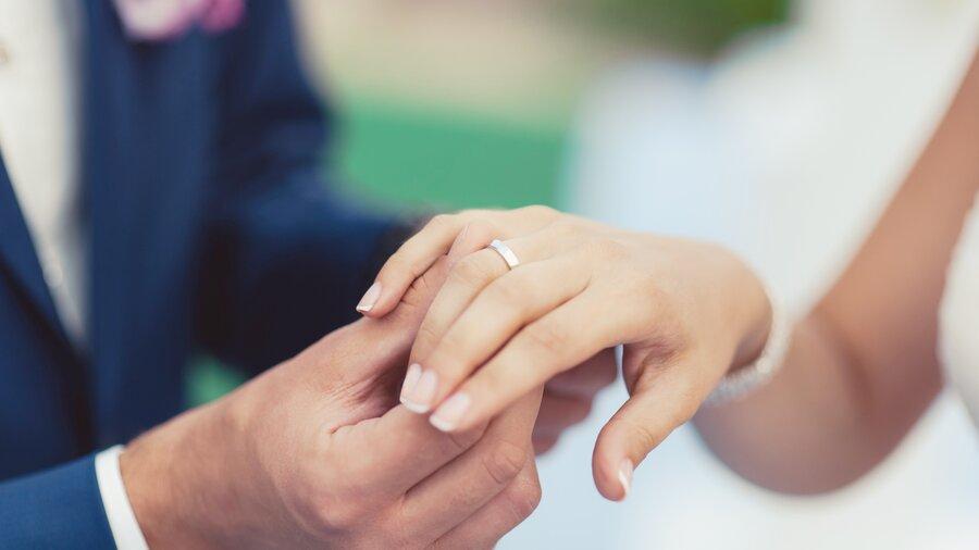 Die perfekten Eheringe für Damen