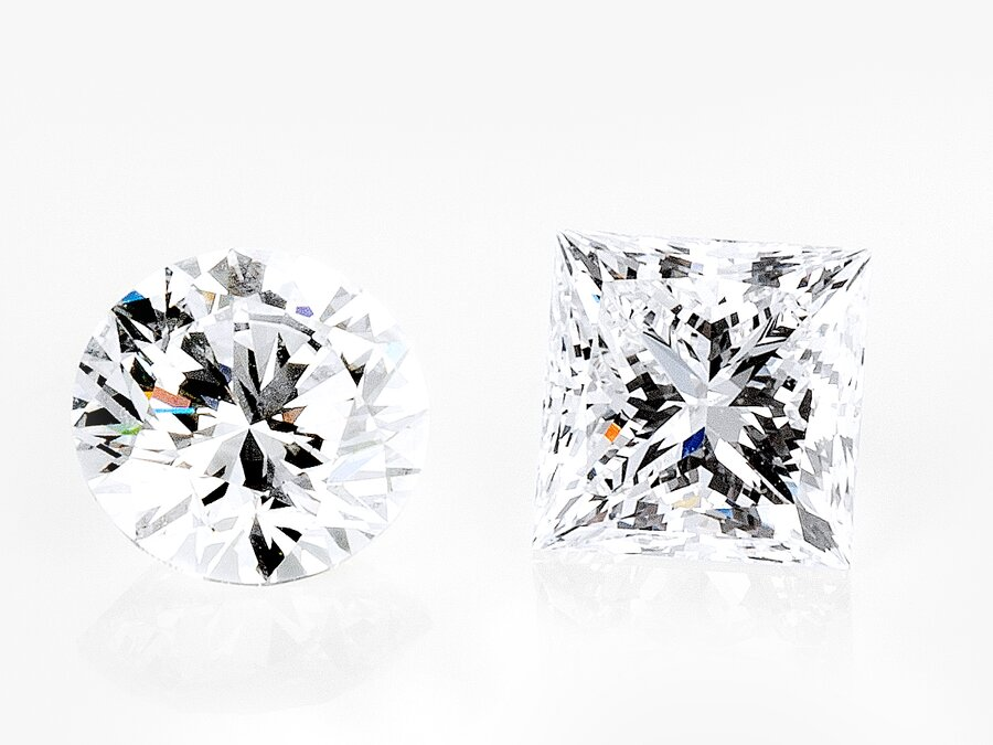 Diamanten im Brillant Schliff und im Kissen Schliff